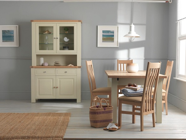 the image above shows a farrow and ball grey paint finish with natural