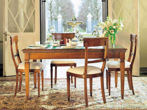 Merveilleux Le Fablier I Ciliegi Tulipano Rectangular Dining Table With Violetta Padded  Dining Chairs