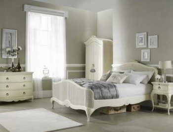Willis And Gambier Ivory Bedroom Furniture